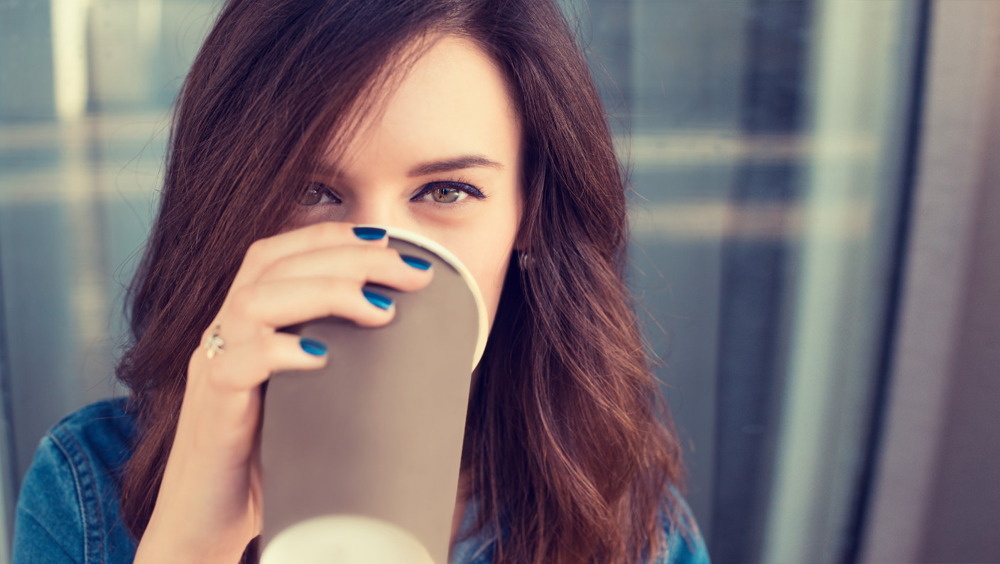 10 Hidden Signs a Shy Girl Likes You