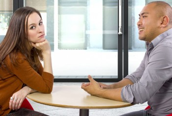 5 Conversation Mistakes That Instantly Turn Women Off