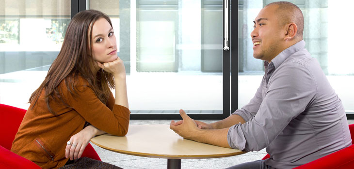 5 conversation techniques that instantly turn women off