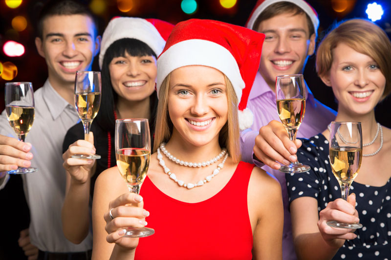 weihnachtsgeschirr flirt xmas party 20 things you should never do at your office party flirt with an employee even if the office christmas party is the time to put aside the business hierarchy.