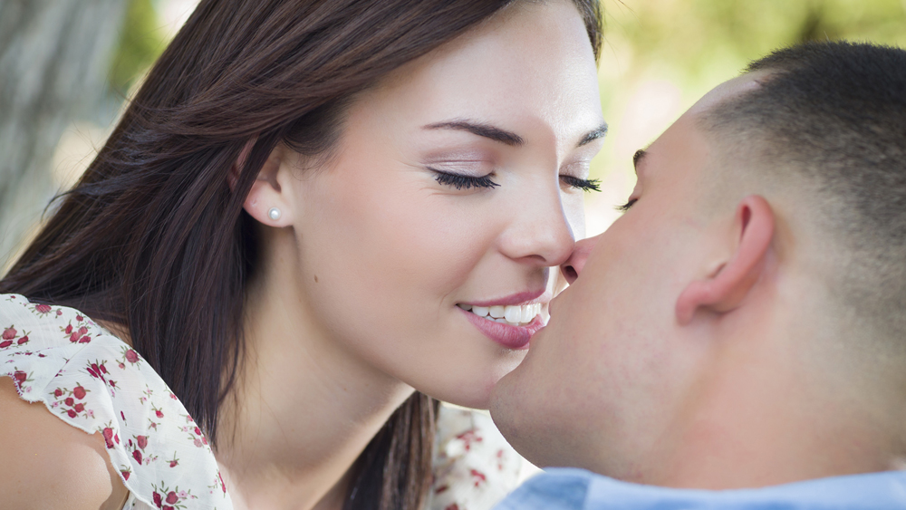 Get out of the friend zone with your ex and get to a kiss