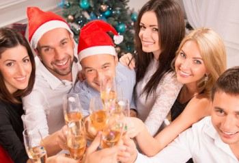 How to Flirt at Christmas Parties: 8 Tips and Examples
