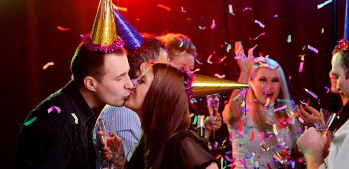 How to Get a New Year's Eve Kiss
