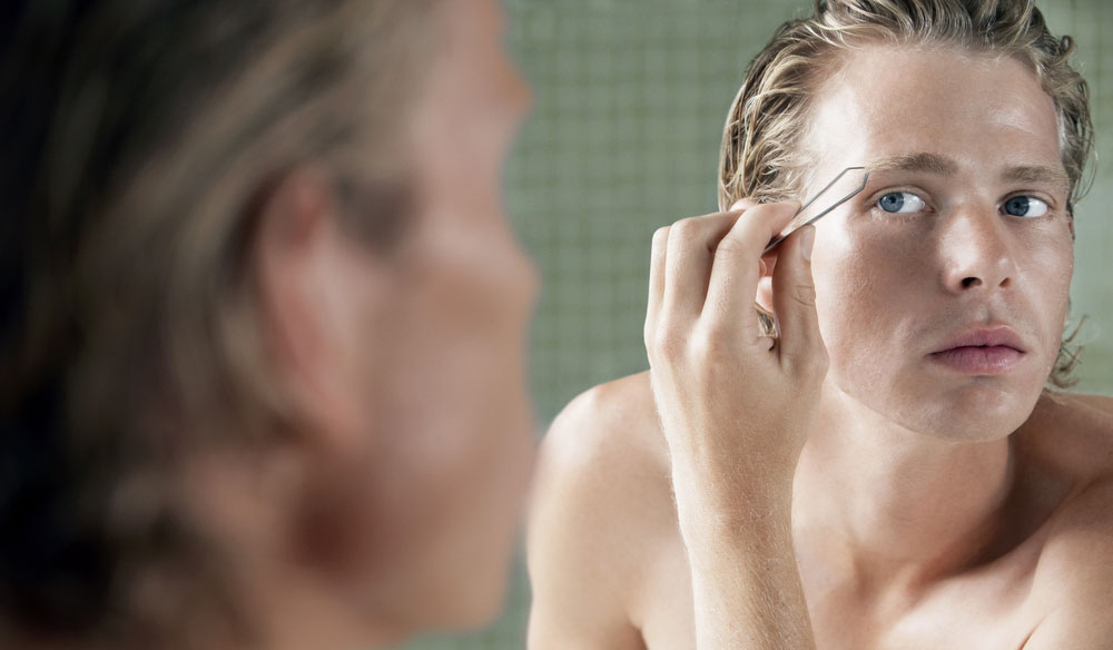Should men pluck their eyebrows?