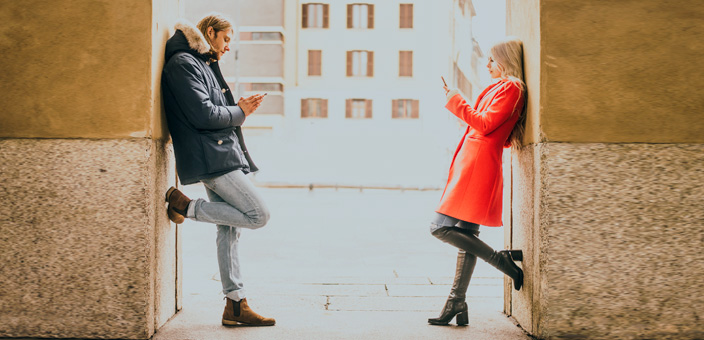 What to Text to Your Ex After a Break Up | The Modern Man