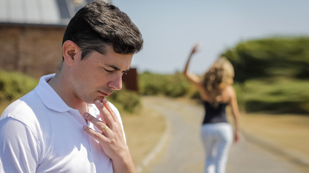 man walking away from a woman 5 reasons why walking away after a break up doesn t always 1677